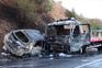 Veículo ligeiro colidiu com reboque e provocou incêndio