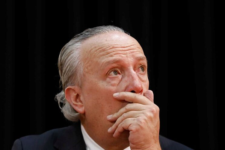 Ex-primeiro-ministro assume estar chocado com tragédia que se abate sobre Monchique há cinco dias