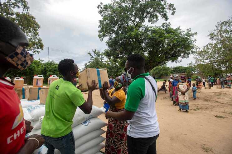 Deslocados de Cabo Delgado recebem ajuda alimentar