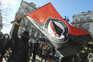 """Os manifestantes entoaram palavras de ordem como """"o racismo não passará. Antirracistas sempre!"""" ou """"25"""