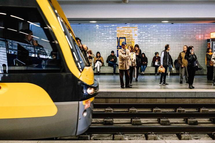 Circulação de metro do Porto esteve condicionada