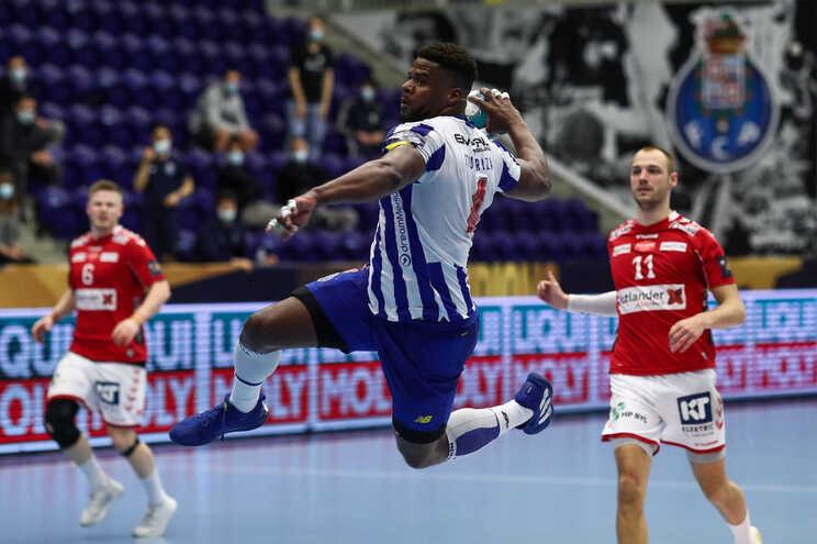 Se passar o play-off o F. C. Porto defronta o Flensburgo