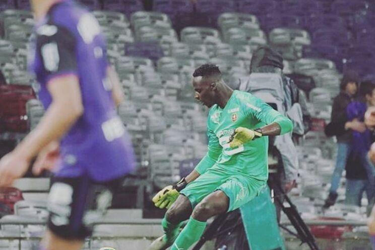 Edouard Mendy reforça o Chelsea