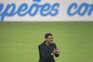 Sérgio Conceição, treinador do F. C. Porto, festeja a conquista do título