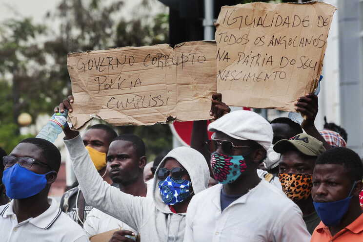 Manifestação de outubro foi reprimida e centenas de pessoas foram detidos