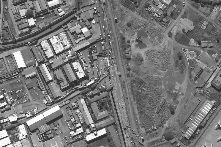 A Embaixada dos EUA em Cabul pediu aos cidadãos norte-americanos para saírem das imediações do aeroporto