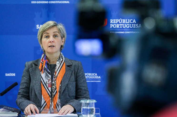 A ministra da Saúde pediu aos hospitais de Lisboa que abram já nesta fase todas as camas possíveis