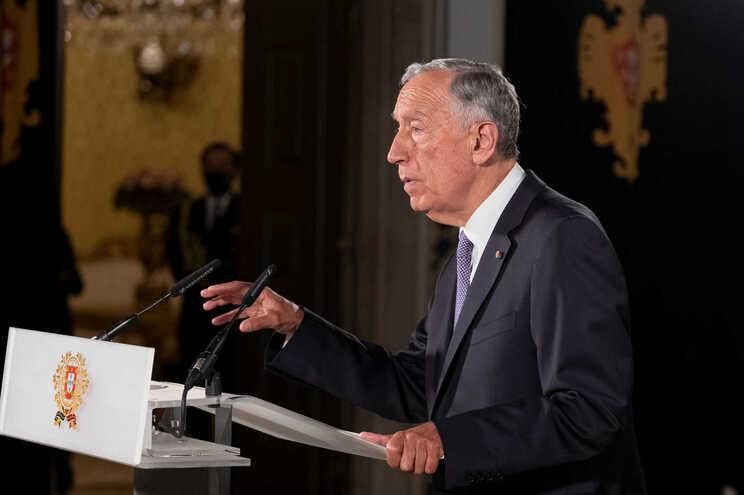 O presidente da República promete para hoje ou amanhã uma decisão sobre o reforço dos apoios sociais