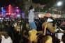 Enchente descontrolada de turistas gera o caos nas ruas e praias de Miami