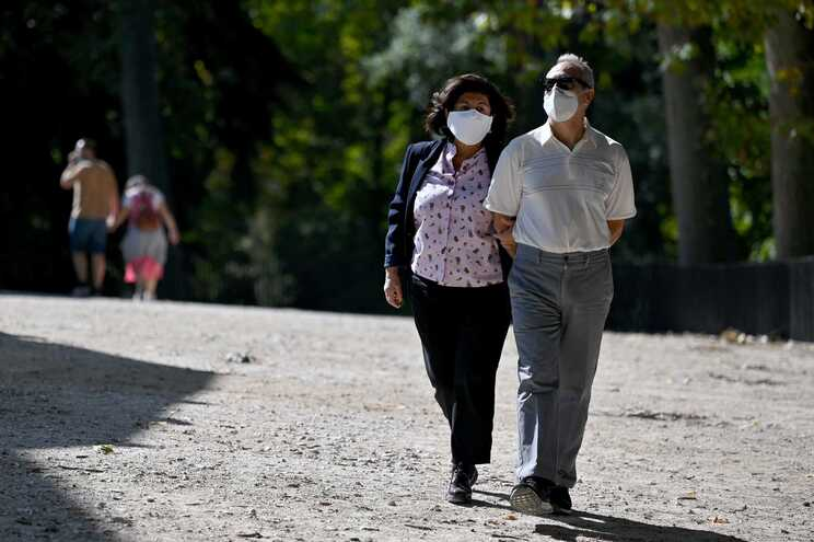 Espanha ultrapassa os 900 mil infetados desde o início da pandemia