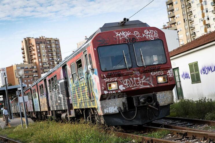 BE reivindica requalificação da Linha do Vouga e ligação à Linha do Norte em Espinho