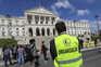 Manifestação em frente à Assembleia da República