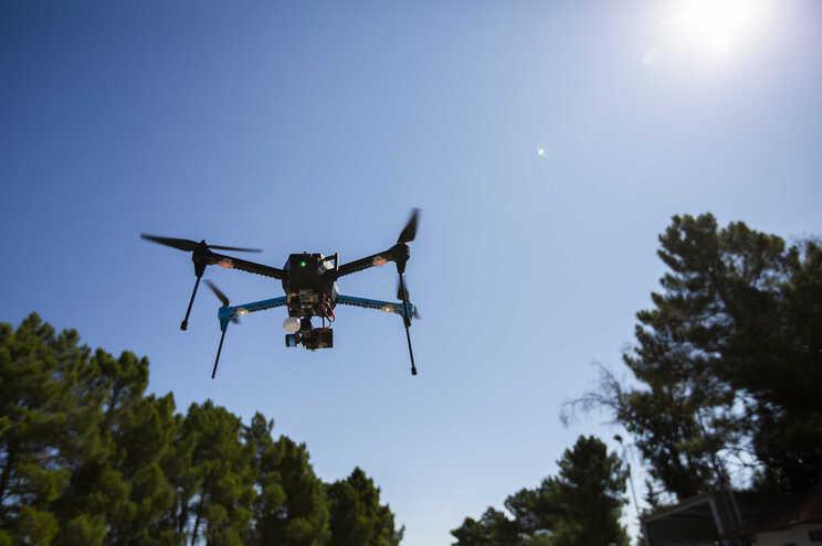 As coimas por desrespeito do regulamento para uso dos drones renderam ao Estado 17 450 euros entre 2017