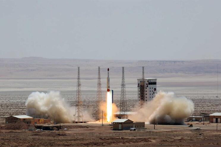 Foguetão falhou a colocação em órbita de um satélite