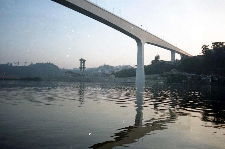 Anunciado contrato para obras de manutenção na Ponte São João, no Porto