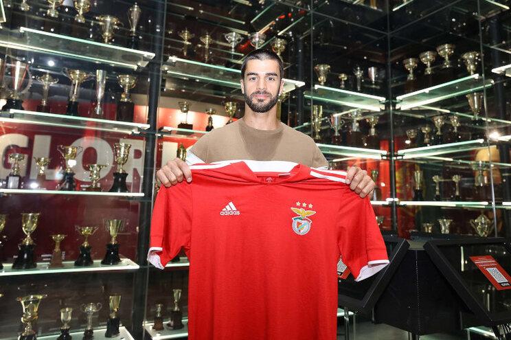 José Barbosa é basquetebolista do Benfica