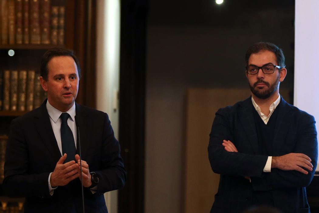 Duarte Cordeiro (à direita) deixa a Câmara de Lisboa por um lugar no Governo de Costa