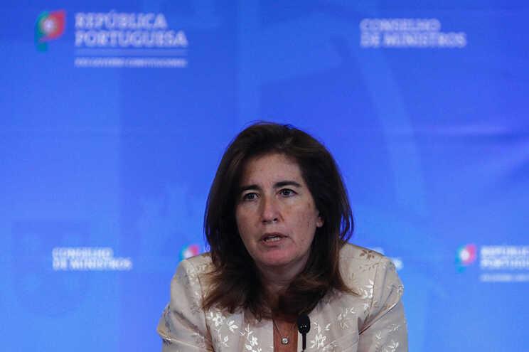 Ana Mendes Godinho aguarda por contributos dos parceiros até início de setembro