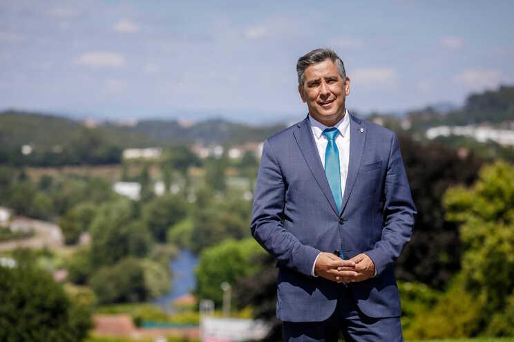 Alberto Costa garante que preço da água vai baixar