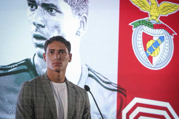 Darwin Nuñez foi oficializado no Benfica