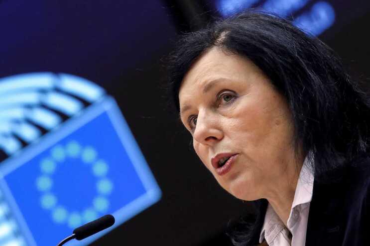 Vera Jourová, vice-presidente da Comissão Europeia com a pasta dos Valores e Transparência