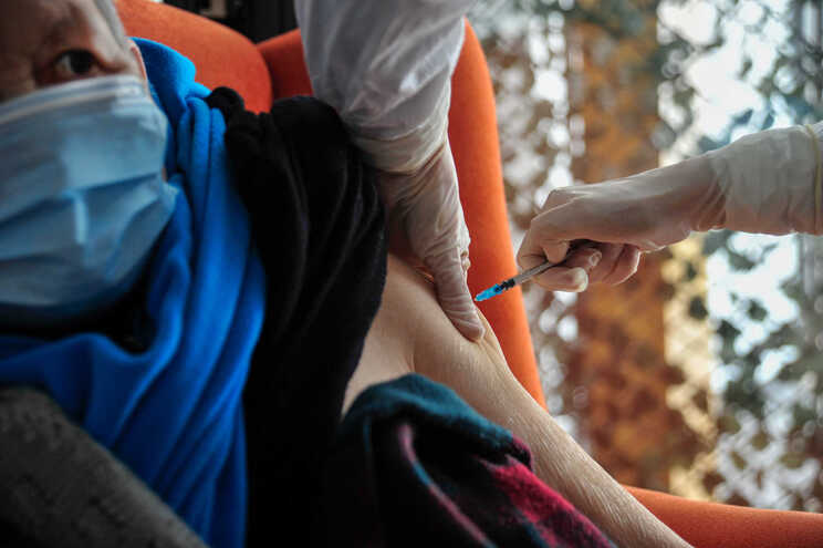 Foram vacinadas seis mil pessoas no decorrer desta semana e faltam vacinar 23 mil pessoas dos lares