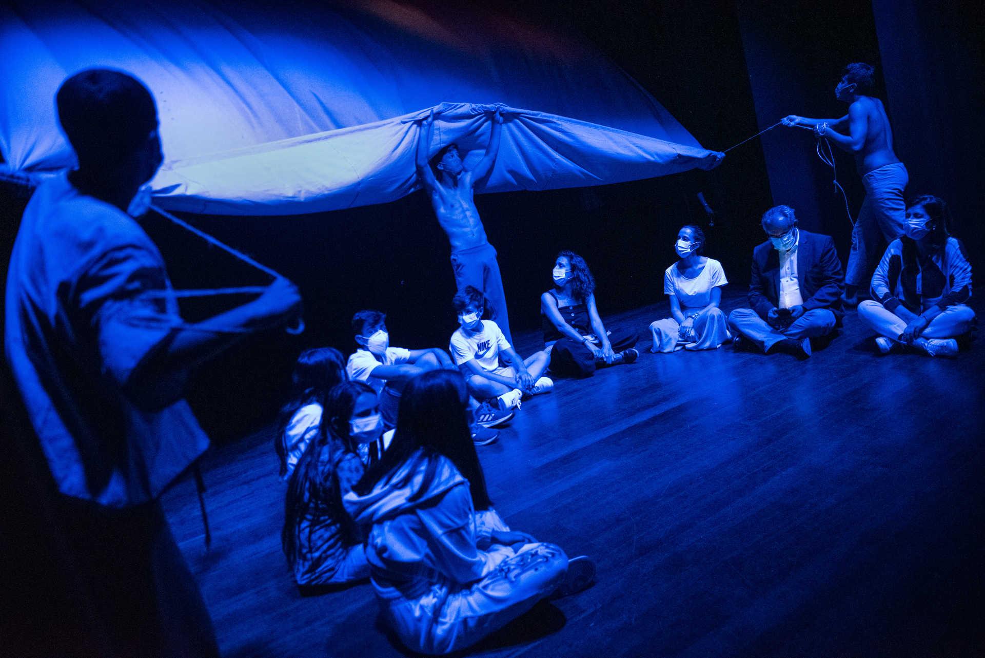 Espetáculo em cena no Grupo Dramático e Musical Flor de Infesta