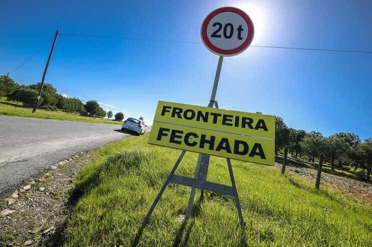 Fronteiras entre Portugal e Espanha encerradas devido à covid-19