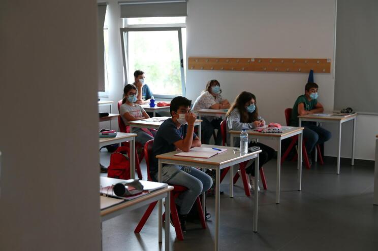 Escolas da região da capital e do Algarve registam maiores problemas