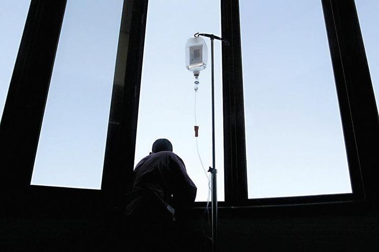 Novo remédio aumenta custos de tratamento de doentes com sida