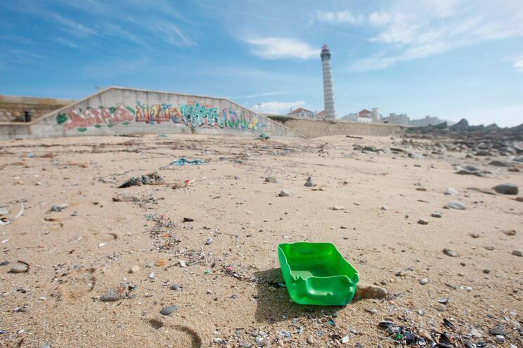 Desde o início desta iniciativa, em 2019, já foram recolhidas 134 toneladas de lixo marinho