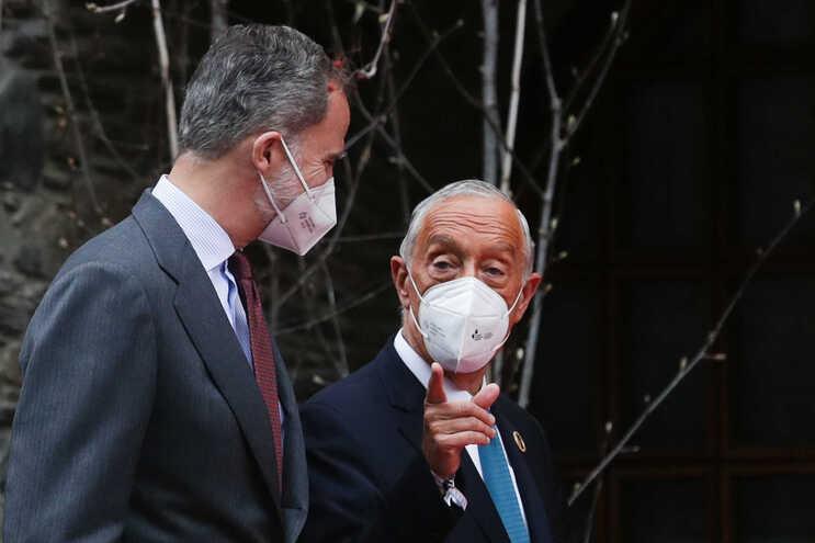 Marcelo e Filipe VI encontraram-se esta manhã, em Andorra, à margem da XXVII Cimeira Ibero-Americana