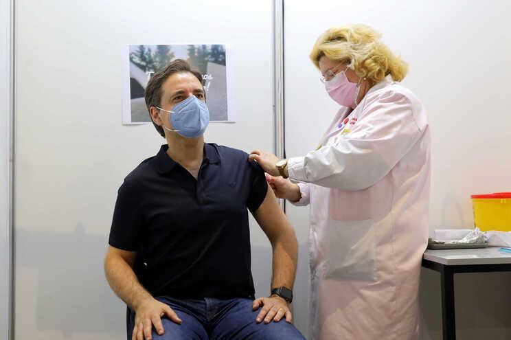 Presidente da Câmara de Braga foi vacinado este sábado