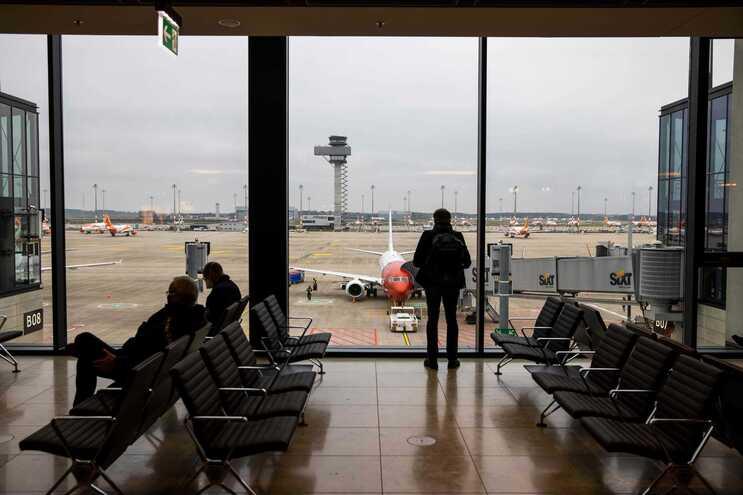 Decisão vem ao encontro do que defendem as companhias aéreas, como a easyJet