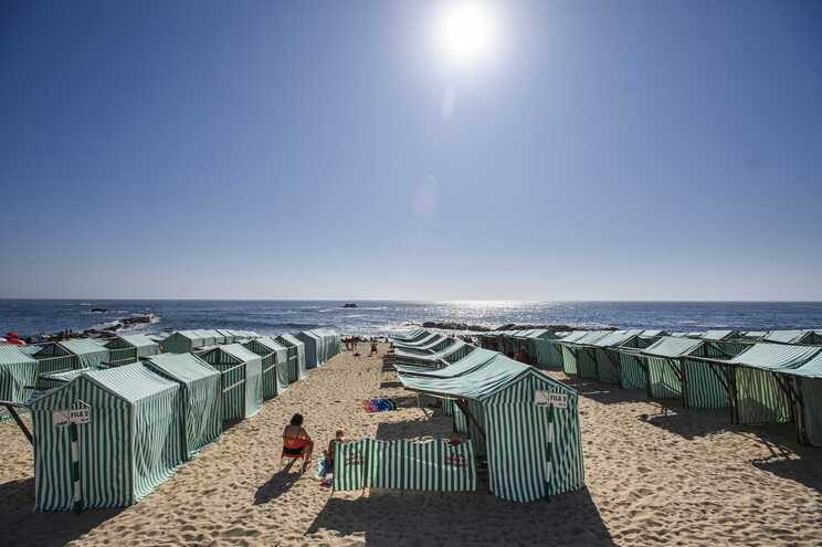 A grande maioria dos portugueses vai gozar férias dentro das fronteiras nacionais