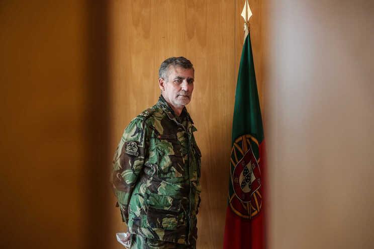 """O vice-almirante Gouveia e Melo, coordenador da """"task force"""" de vacinação contra a covid-19"""
