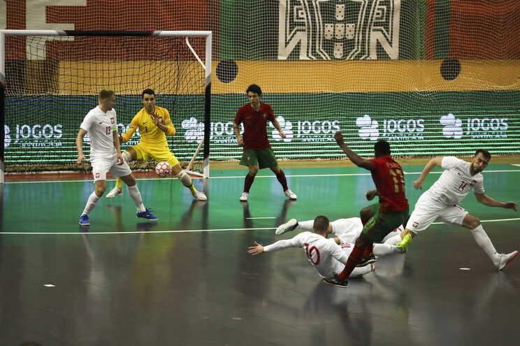 Portugal defrontou a Polónia na qualificação para o Europeu