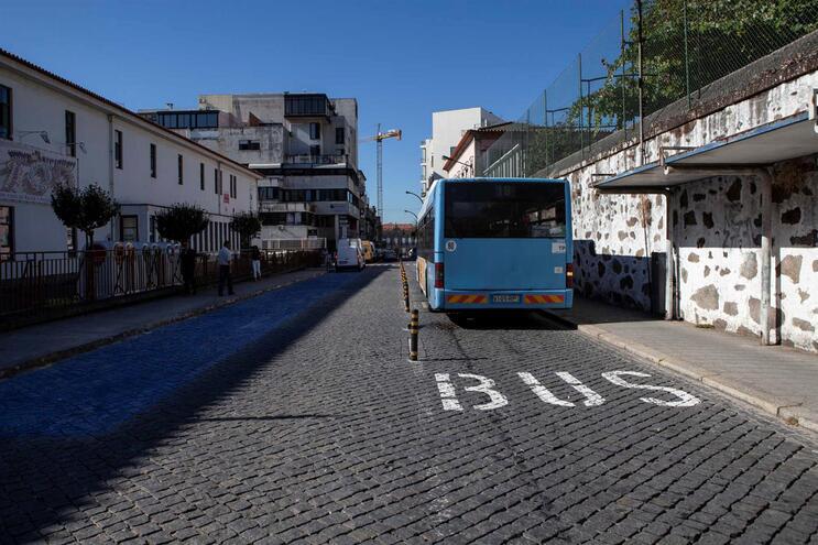 """Transportadores de medicamentos querem acesso a vias """"BUS"""""""