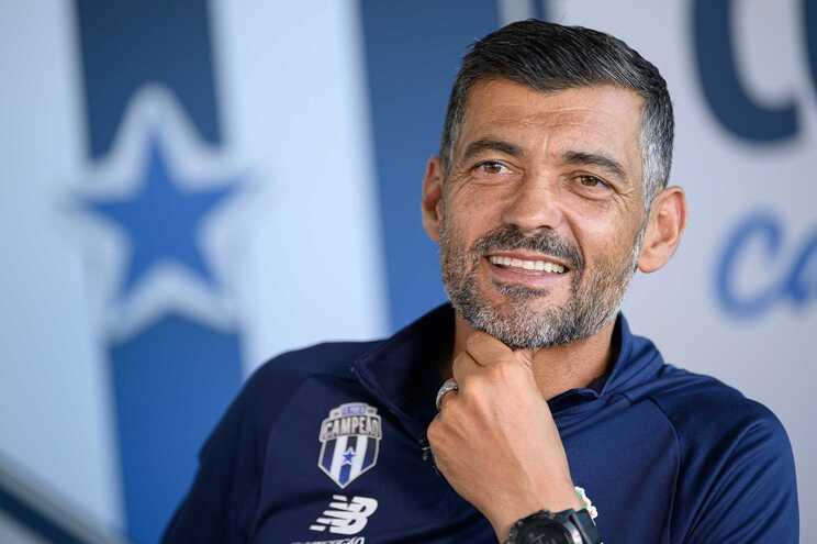 Sérgio Conceição prepara-se para continuar ao leme dos dragões