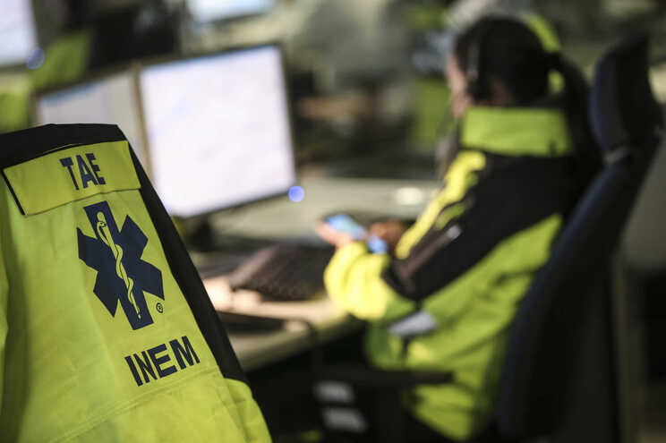 O número de emergência médica 112 é gerido pela PSP e as chamadas são atendidas pelos centros que efetuam