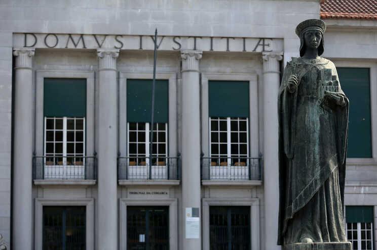 Os arguidos estão a ser julgados no Tribunal de Guimarães