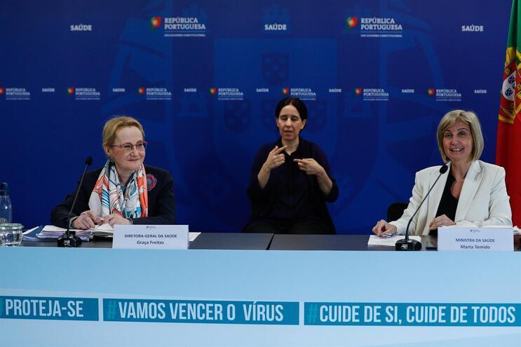 Graça Freitas e Marta Temido durante uma das muitas conferências de imprensa diárias de atualização de