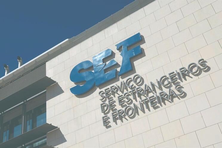 O SEF controlou quase 26 mil passageiros entre 31 de janeiro e quinta-feira