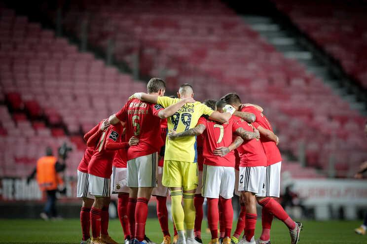 O Benfica defronta o Moreirense este domingo