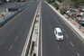 Estadas vazias em Nova Deli devido ao confinamento imposto para travar os contágios