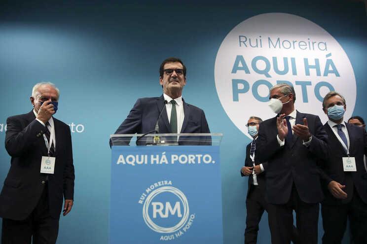Moreira vence no Porto pela terceira vez