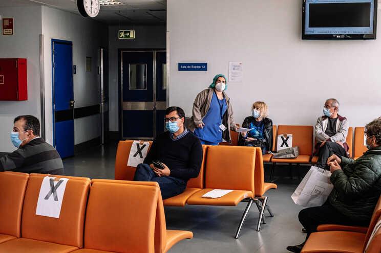 Pandemia afastou utentes dos locais onde recolhem a documentação para pedir a isenção