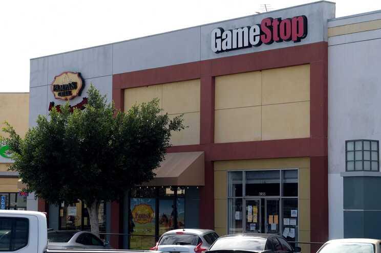 Fenómeno GameStop leva Wall Street a viver pior semana desde outubro