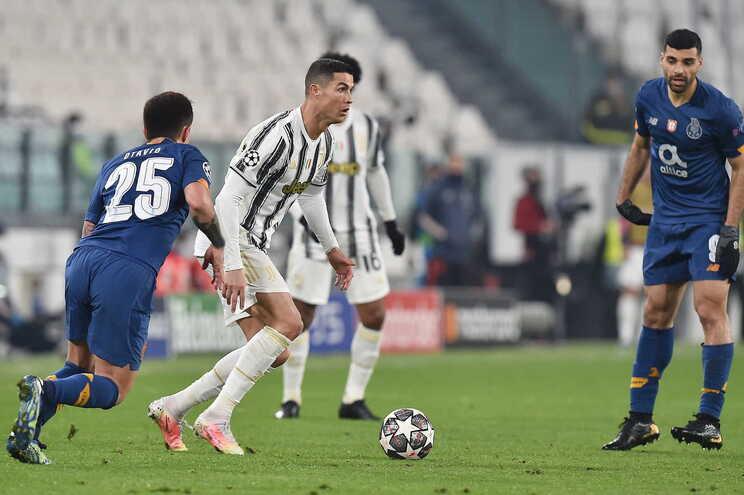Cristiano Ronaldo assinou uma exibição discreta frente ao F. C. Porto