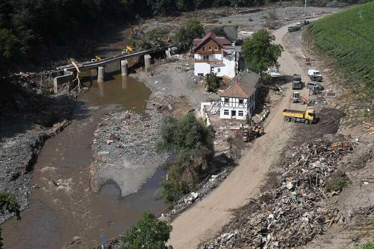 Cheias causaram 125 mortos na região alemã da Renânia-Palatinado